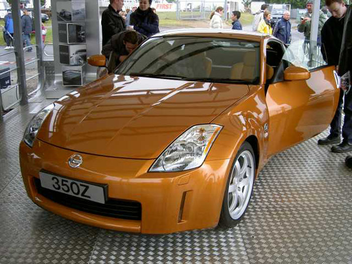 Preproduction 350Z at Brands Hatch 2003